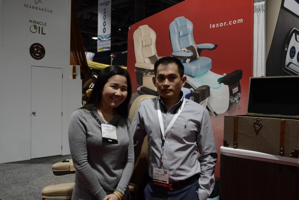 <p>VietSALON editor Anh Tran with Danny Duong of Lexor.</p>