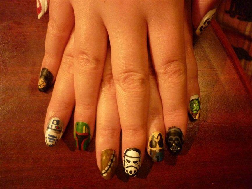 "<p>Nails by <a href=""http://nailartgallery.nailsmag.com/mattzomer"">Matt Zomer</a>, Canada</p>"