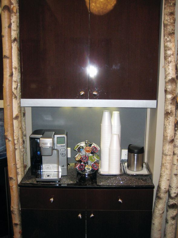 <p><strong>Camtu&rsquo;s Storage Solutions:&nbsp;</strong>Even the coffee area at Blossom stays organized with all extra supplies stored behind closed doors.</p>