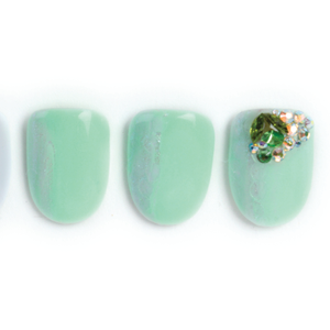 Nail Art Studio: Green Resolutions