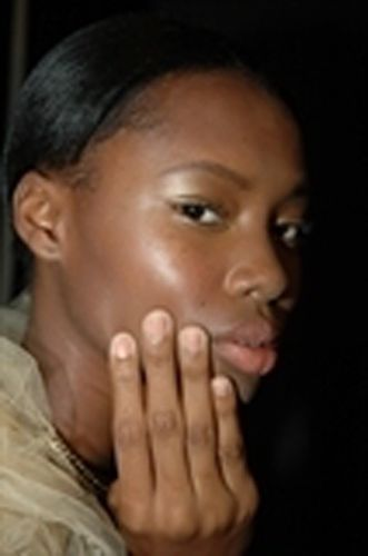 <p>Pattie Yankee and the <strong>Dashing Diva</strong> team created a trendy natural look for Elie Tahari&rsquo;s runway show using Trust Fund polish, an opaque terracotta shade.&nbsp;</p>