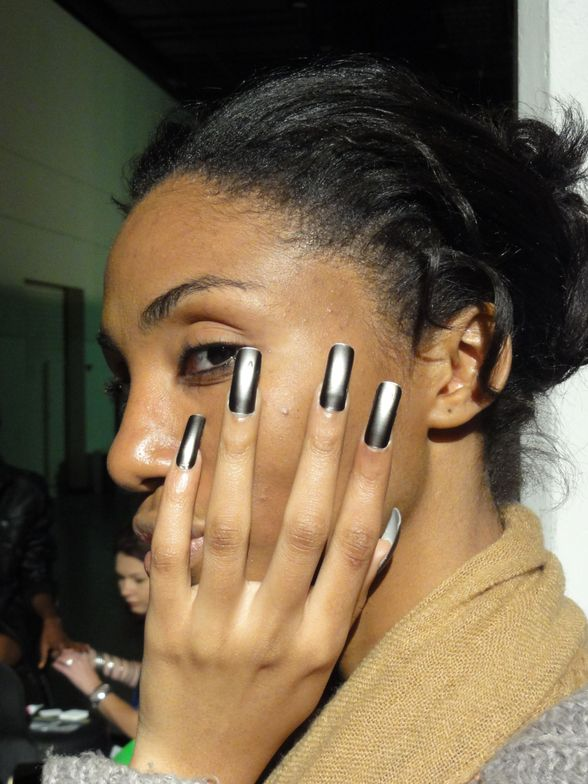 <p>For South Africa Fashion Week, designer Alexander Koutny presented his all-black 2012 with the collection gunmetal hue of <strong>Minx</strong> nails.</p> <p><em>Photography by Ryno Mulder</em></p>