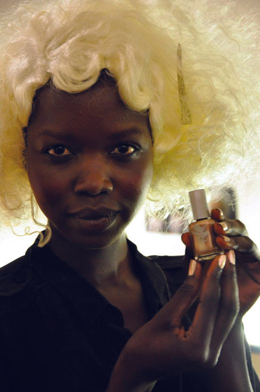 <p>At the Bebe show, manicurist Daphne Allende for <strong>Priti NYC </strong>polished models&rsquo; nails in Hardy Water Lily # 673, a gold metallic shimmer. Photography by London Wright for Stylez4Women</p>
