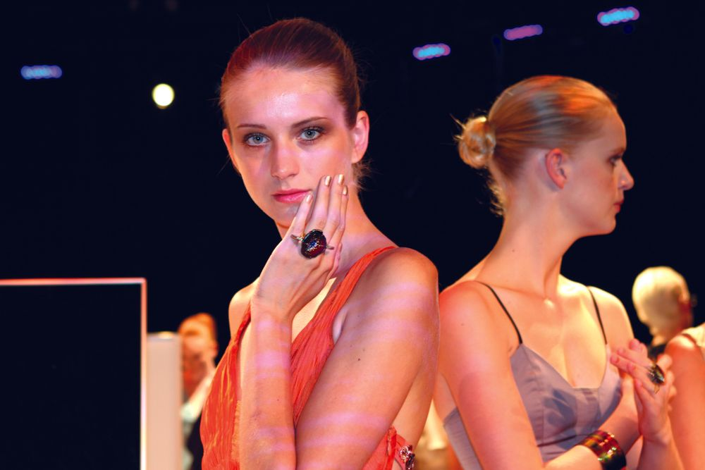 <p>At the Bibhu Mohapatra show, Sunshine Outing for <strong>Zoya</strong> polished models in Goldie, Hermina, Richelle (shown), Sunny, and Poppy.</p>