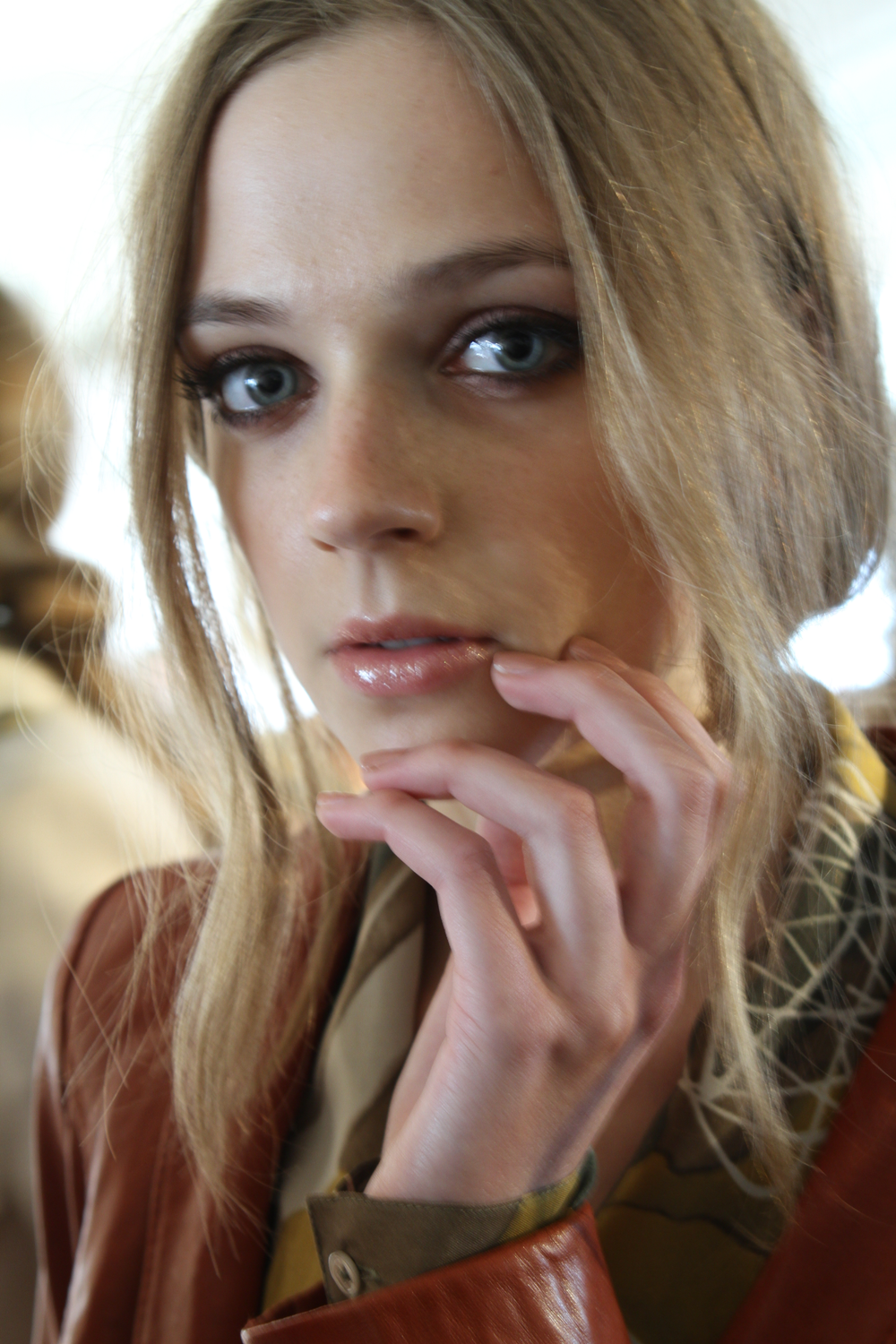 <p>For RZ by Rachel Zoe, Sunshine Outing for <strong>Zoya</strong> polished models&rsquo; nails in Amanda.</p>