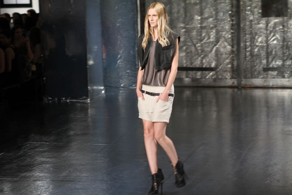 <p>For Theyskens&rsquo; Theory, Jin Soon Choi custom layered <strong>Zoya</strong> Dharma over Zoya Miley.</p>