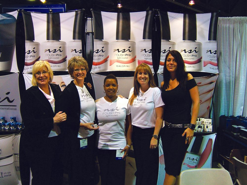 <p>The NSI booth was fully staffed, with (from left to right) international director of education Ris&eacute; Carter, and educators Marty Cooke, Staci Noble, Sarah Burel, and Heather Hall.</p>