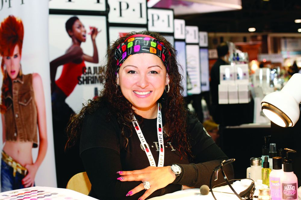 <p>OPI guest artist Adela Mu&ntilde;oz demonstrated the versatility of OPI&rsquo;s Axxium soak-off gel colors.</p>