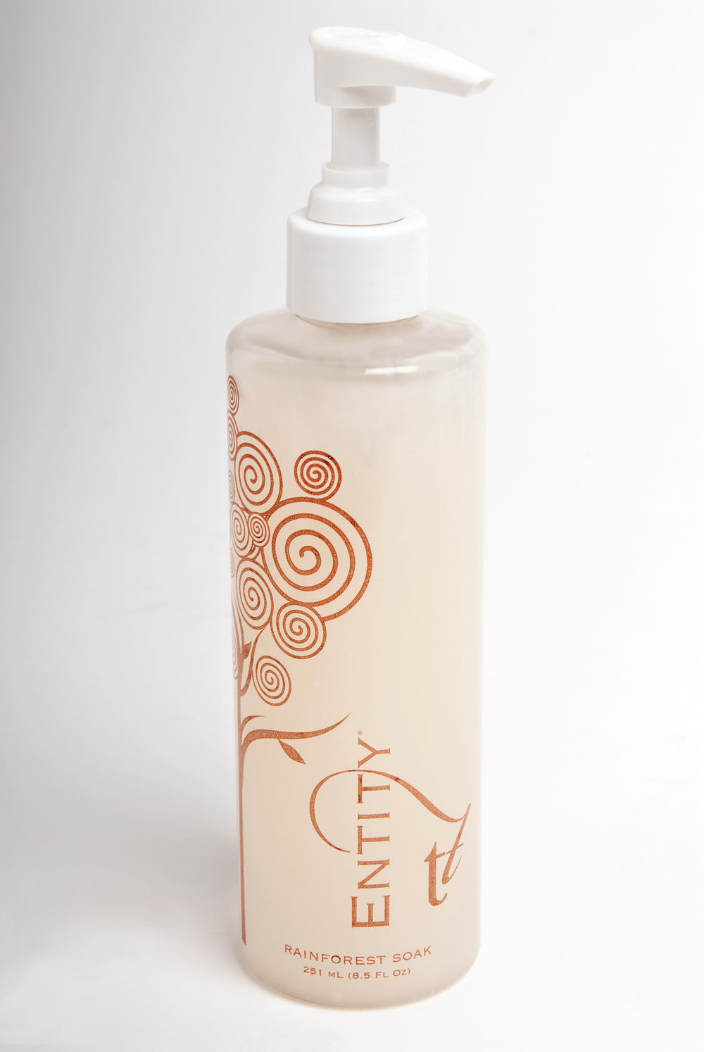 """<p><a href=""""http://www.entitybeauty.com/"""">Entity&rsquo;s</a> Rainforest Soak cleanses the skin with ingredients known to remove toxins and impurities. Pump approximately one to three pumps of Rainforest Soak into a comfortably warm bath; and soak for about 10 minutes. Infused with rich coconut milk, this unique formula soothes and stimulates the skin. Bamboo extract energizes and invigorates while the essences of the tropical jaboncillo berry create a sumptuous lightly foaming, cleansing bath that smells as delicious as it feels.</p>"""