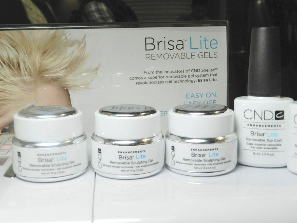 <p>NAILS editor Hannah Lee met with Jan Arnold to talk about CND&rsquo;s new Brisa Lite line of removable gels.</p>