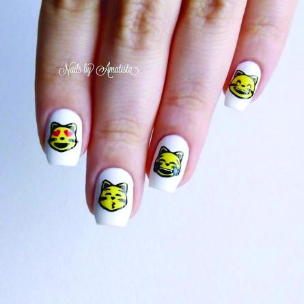 <p>Daniela Villasanti</p> <p>Nails By Amatista</p> <p>Buenos Aires, Argentina</p>