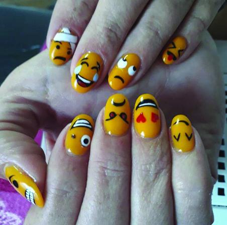 "<p>Elmarie Singleton</p> <p>Carolina, Mpumalanga, South Africa</p> <p><a href=""https://www.instagram.com/beauty_boutique_nails1978/"">@beauty_boutique_nails1978</a></p>"