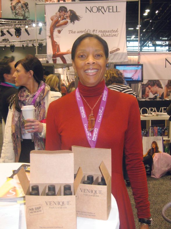 <p>JoAnn Bloomfield, Chicago, was intrigued by new polish brand Venique.</p>