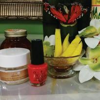Signature Services: Sweet Treat Mango Spa Manicure