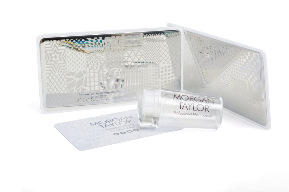 <p>Morgan Taylor<br />Stamping plates, Platinum chrome<br />www.morgantaylorlacquer.com</p>