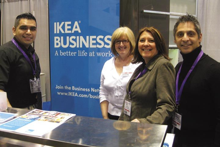 <p>Chris Garcia, Sharon Klein, Gayle Schueneman, and Kenneth Woodman of IKEA Business helped attendees visualize what their salon designs could look like.</p>