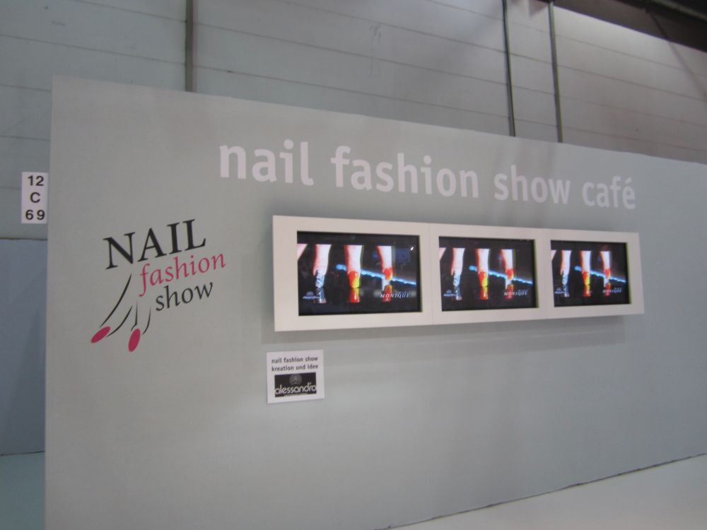 <p>The Nail Fashion Show Cafe, sponsored by German nail manufacturer Alessandro, featured fun videos of fingers adorned with nail art &ldquo;walking&rdquo; the runway. It was fun to watch while you grabbed lunch and took a minute to rest.</p>