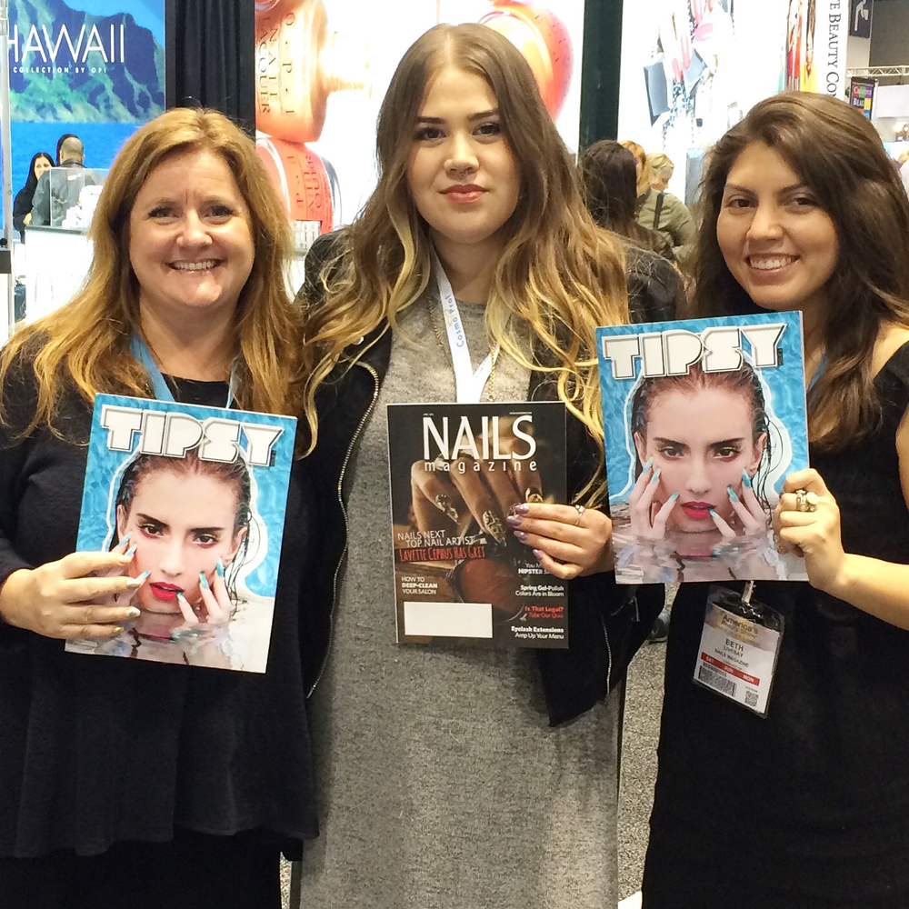<p>NAILS editor Hannah Lee and senior editor Beth Livesay showed their support for nail artist Ashley Crowe&rsquo;s Tipsy Zine.</p>
