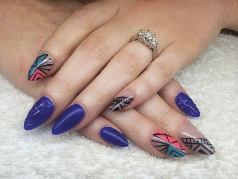 <p>Meegan Roxx, She Roxx Magnetic Nail Academy, Trail, British Columbia, Canada</p>