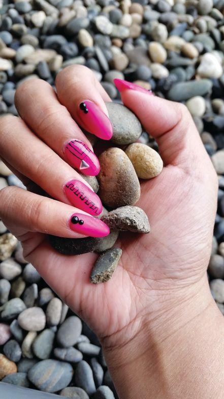 "<p>Joanna Zurbito, Burnaby, British Columbia, Canada<br /><a href=""https://instagram.com/quinz.of.nails/"">@quinz.of.nails </a></p>"