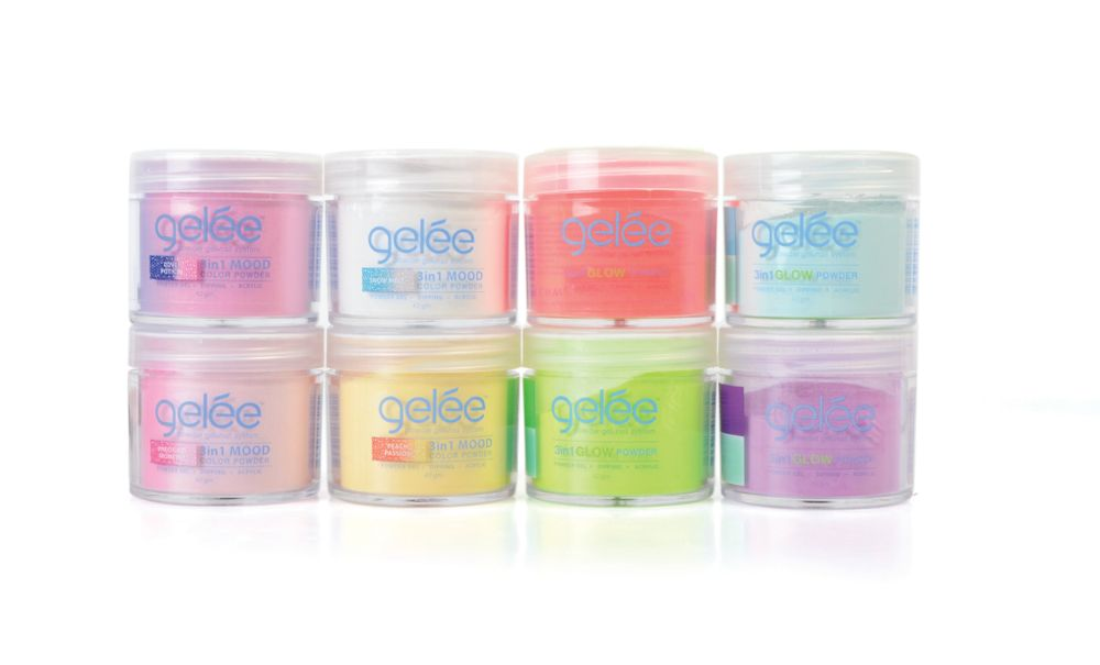 "<p>LeChat Glow in the Dark and Mood Powders:<br />Available in 12 glitter shades, LeChat's Gelée 3in1 Mood Color Powder shifts colors depending on whether you're feeling hot or cold. Gelée Glow Powder is available in 12 light-activated cream shades that remain bright even in the dark. <br /><a href=""http://www.lechatnails.com"">www.lechatnails.com</a></p>"