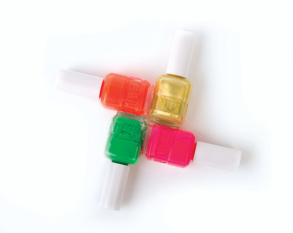 """<p>Spice up clients&rsquo; nails with <a href=""""http://duri.com/"""">Duri&rsquo;</a>s Hot Tamale collection. Show off summer nails with colors like Se&ntilde;orita Caliente (opaque hot pink), Habanero (neon orange), Margarita (lemon-lime with shimmer finish), and Salsa Verde (bright green with gloss finish). <br /><br /></p>"""