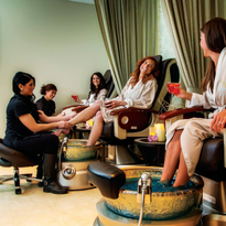 Alcohol OK at California Salons