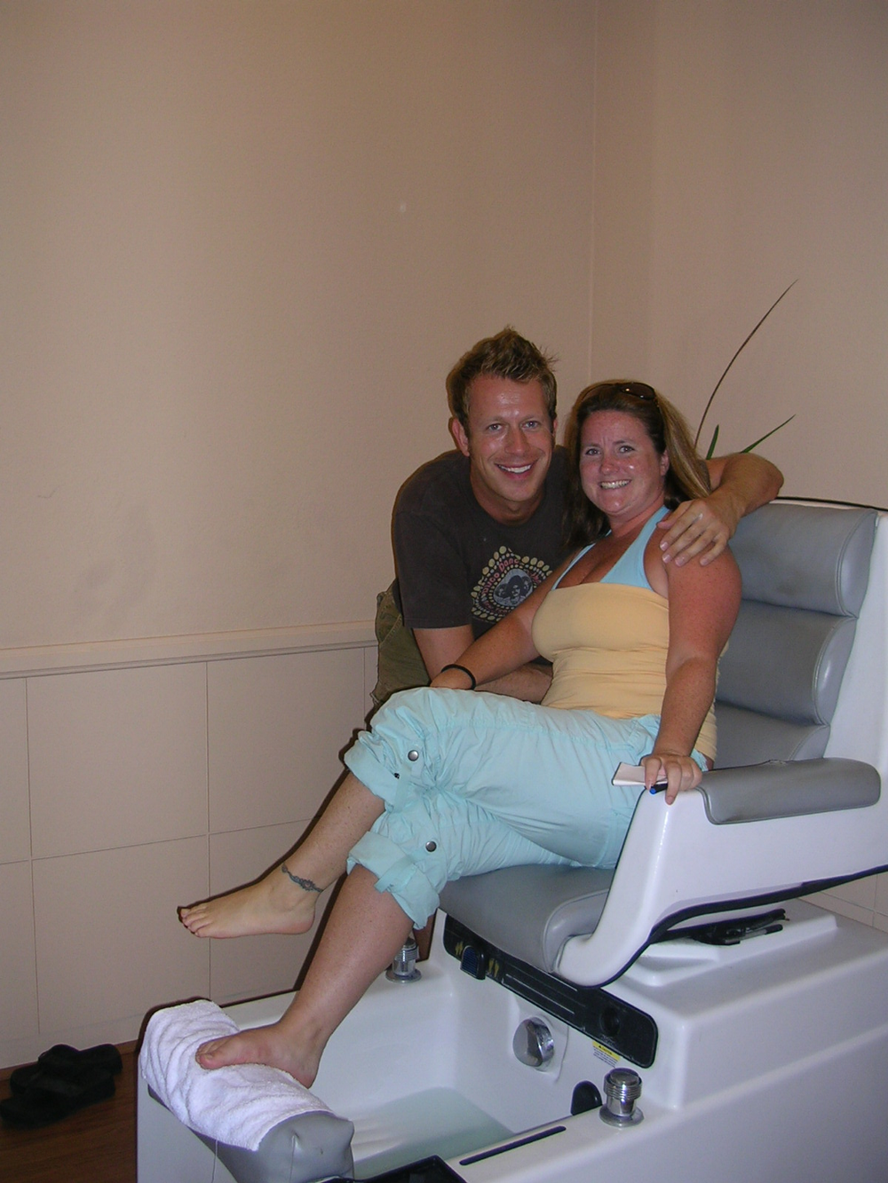 """<p>Oh look, another """"getting a pedicure in a bathing suit"""" shot! In Palm Springs, Calif.</p>"""