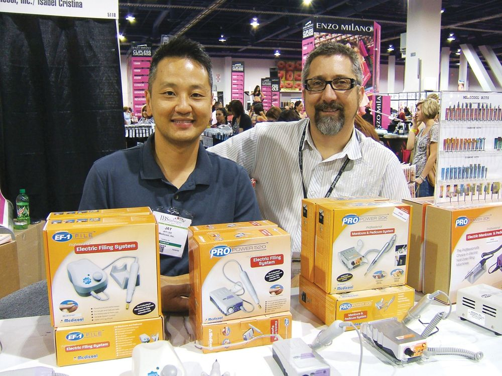 <p>President of Medicool Jay Lee and e-file expert and educator Rob Munkel were all smiles on the show floor.</p>