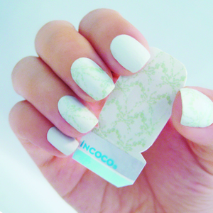 Resort Wear for Nails