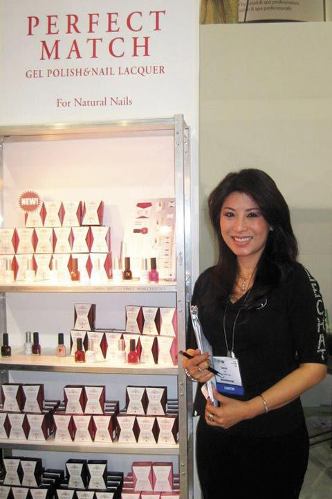 <p>LeChat educator Connie Le explained the company&rsquo;s new Perfect Match Gel Polish and Nail Lacquer set to booth visitors.</p>