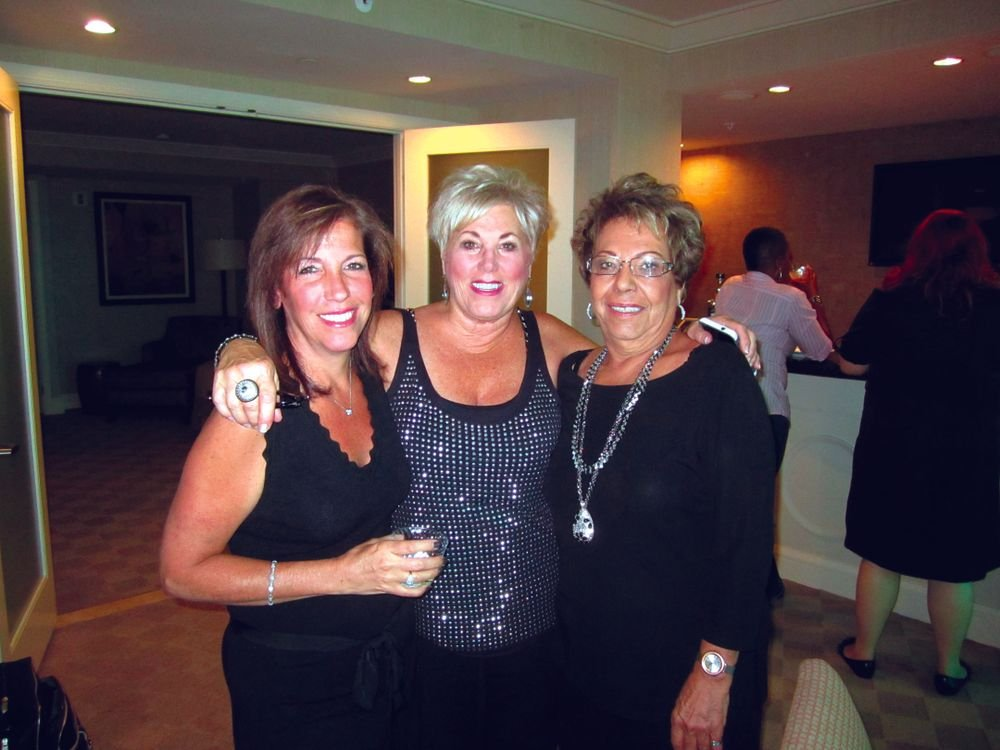 """<p><span style=""""font-size: xx-small;""""><span lang=""""EN""""> <p align=""""left"""">Prolana&rsquo;s Lisa Minuto and Donna Louis with LeChat&rsquo;s Patti DiMarbieux</p> </span></span></p>"""