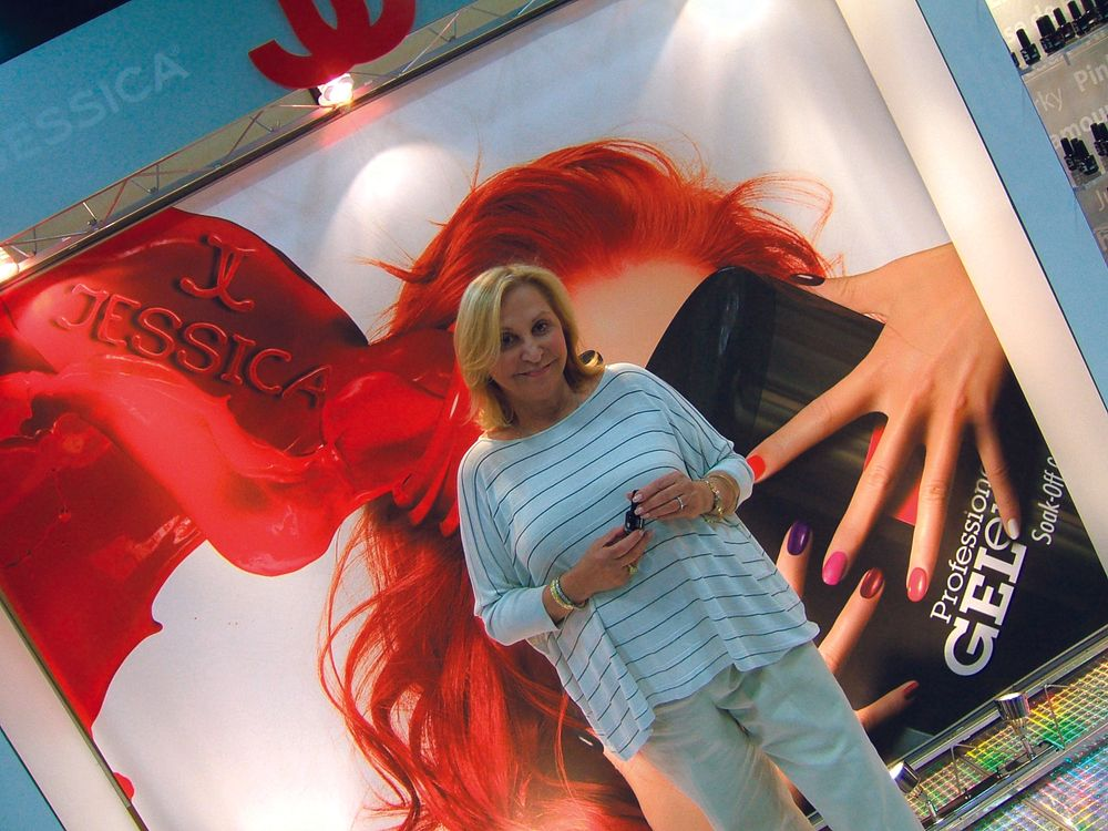 "<p><span style=""font-size: xx-small;""><span lang=""EN""> <p align=""left"">Jessica&rsquo;s own Jessica Vartoughian is happy to showcase her gel polish line, Geleration.</p> </span></span></p>"