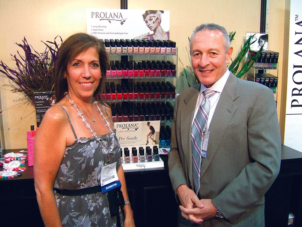 "<p><span style=""font-size: xx-small;""><span lang=""EN""> <p align=""left"">Lisa and Greg Minuto discussed the benefits of using Prolana&rsquo;s natural nail treatments and nail color.</p> </span></span></p>"