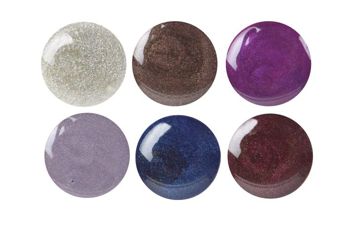 "<p><a href=""http://www.entitybeauty.com"">Entity&rsquo;s</a> Colour Couture Soak Off Gel Enamel has a new batch of colors for fall. The soak-off gel polishes give optimum performance and are packed with pigment to really stand out on the nail. The new colors range from lustrous purples to robin&rsquo;s egg white spackles and are named Paparazzi Jungle, Fashion Forward, Denim Diva, Holo-Glam It Up, Posh Pixie, and Fashion Icon.</p>"