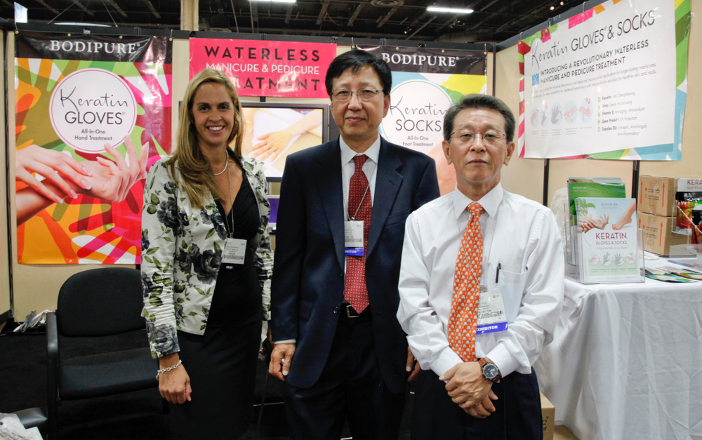 <p>Mary Baughman met with Bodipure&rsquo;s Jonathan Yoo and Jong Suh, who promoted their new Keratin waterless pedicure disposable gloves and socks.</p>
