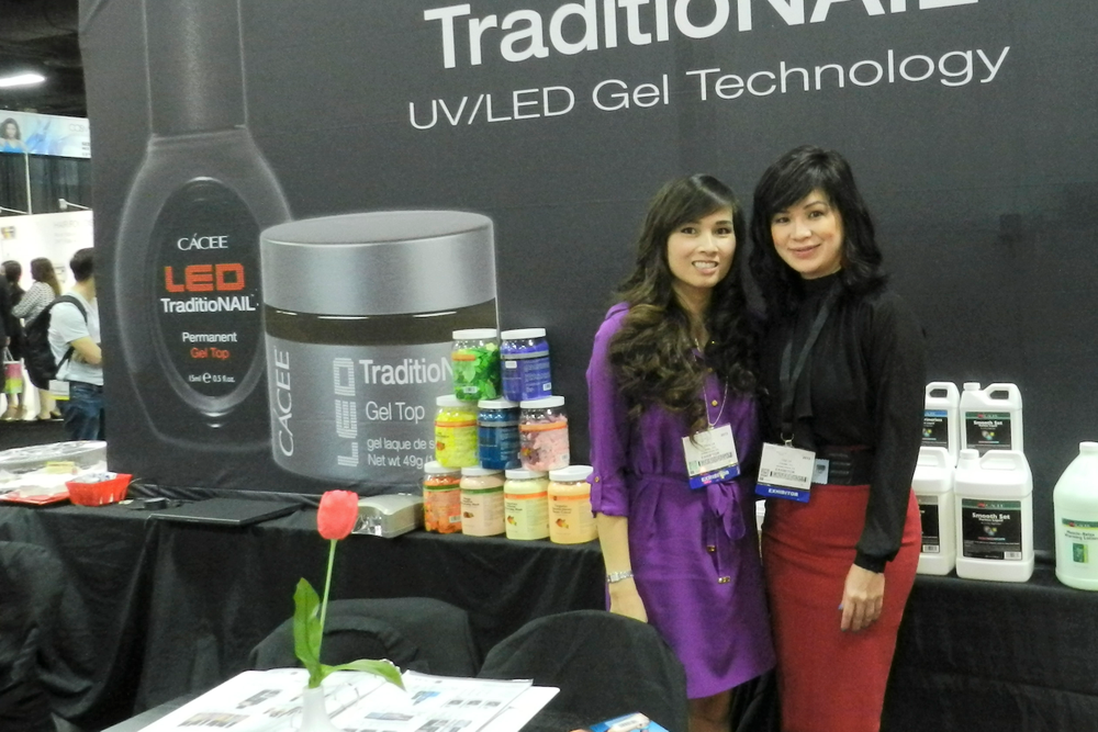 <p>Nail techs Gigi Le and Tiffany Le greeted passersby at Cacee's booth.&nbsp;</p>
