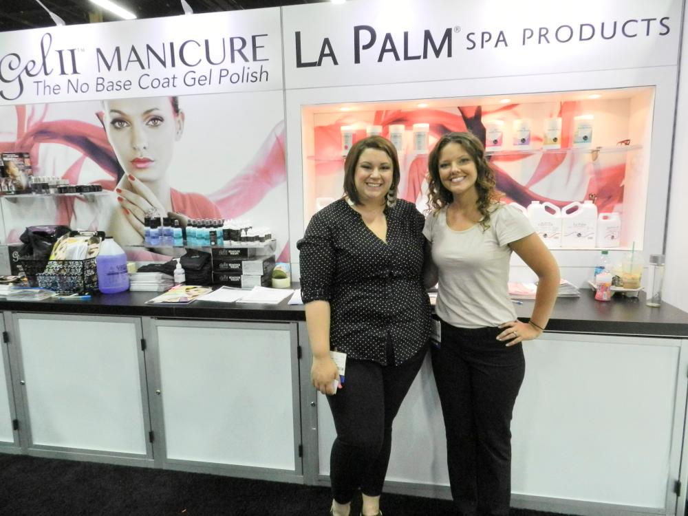 <p>La Palm Spa Product's marketing coordinator Megan Eaton and creative director Heather Newhouse.&nbsp;</p>