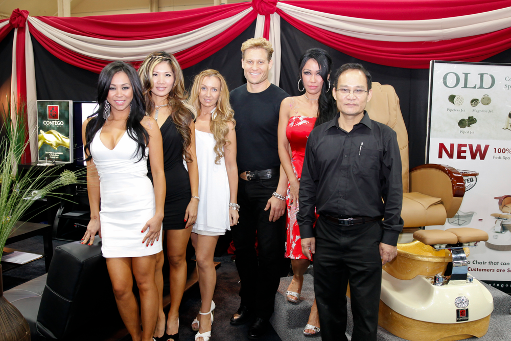 <p>Contego Spa&rsquo;s Lindsey Ta, Leena Nhan, Gale Marie, Paul Bogart, Michelle Ta, and Peter Ta gave demonstrations of the Contego pedicure chair that functions with the company&rsquo;s disposable liners.</p>