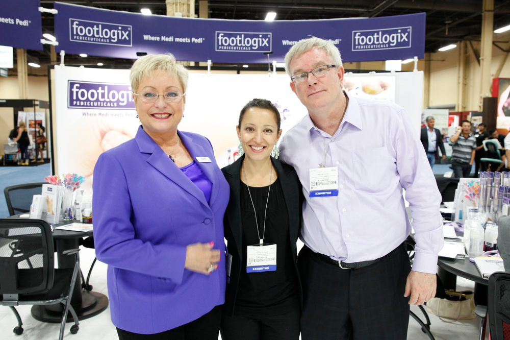 <p>Footlogix&rsquo;s Dr. Katharin von Gavel, Grace Burzese, and Murray Smith</p>