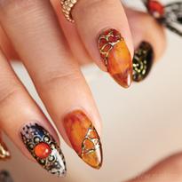 Behind the Scenes: Tortoiseshell Nails