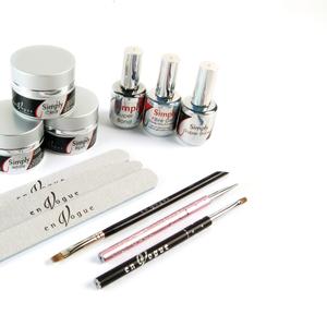 En Vogue Kit Includes Gel Essentials