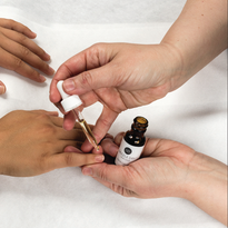 How to Do a Spa Manicure Using Dazzle Dry