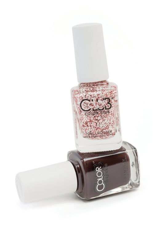 <p>The Holiday Star Gift Set from Color Club will sparkle and shine under the holiday lights. The brand&rsquo;s popular glitter-packed lacquers will be sold in cute and decorative ornaments. The brand will also make available Holiday Cocktails Duo Kits that include holiday-inspired colors like Peppermint and Mocha.</p>