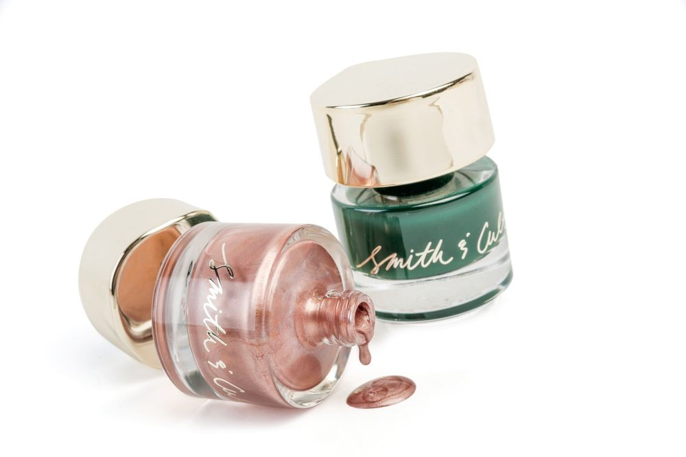 <p>Smith &amp; Cult introduces two new shades in the Nailed Lacquer formula this holiday season. Darjeeling Darling is an opaque jaded forest green and 1972 is a metallic rose gold. Both colors are available in the brand&rsquo;s edgy and signature bottle.&nbsp;</p>