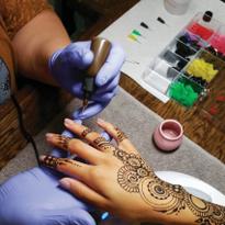 Henna Services Give Nail Salon a Unique Twist