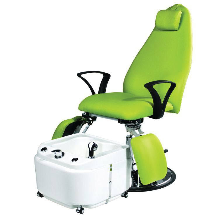 """<p><a href=""""https://www.nailsuperstore.com/home.aspx"""">The Nail Superstore</a>&rsquo;s Eurostyle Hydraulic Chair lets you do pedicures, facials, and waxing all with one chair. No electricity is required to operate the chair. Use it in conjunction with the EuroStyle Portable Pedicure Footh Bath.</p>"""