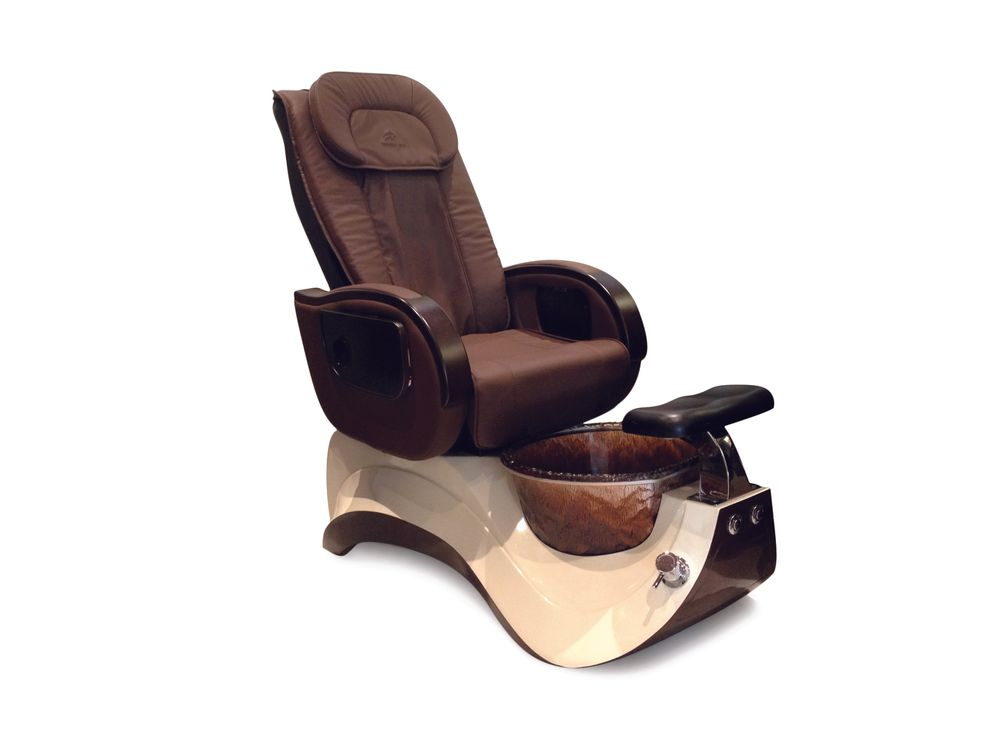"""<p><a href=""""http://www.whalespa.net/"""">Whale Spa</a> has been in the pedicure spa business for 25 years, consistently releasing improved products. The Alden Crystal lets clients lounge in luxury in wear-resistant and durable leather, enjoying a commercial-grade, heavy-duty full-featured massage system, and soaking in a textured glass foot basin with a pipeless jet system.</p>"""