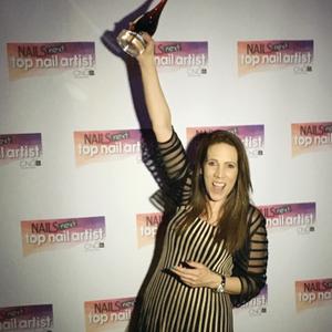 Tracey Lee celebrates her NTNA Season 4 victory.
