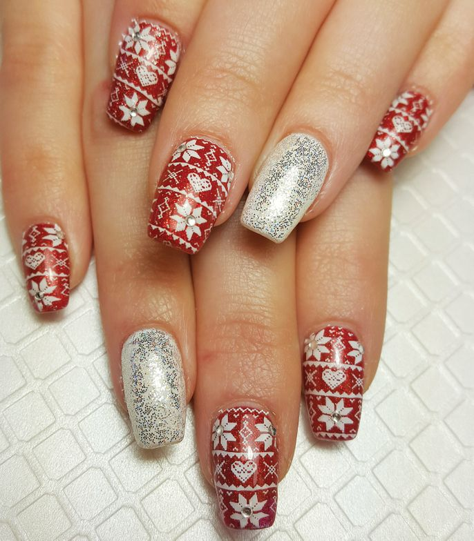 <p>Crystal Treto<br />Tickled Pink Nail Boutique <br />Yuba City, Calif.<br />@crystal.clear.nails</p>